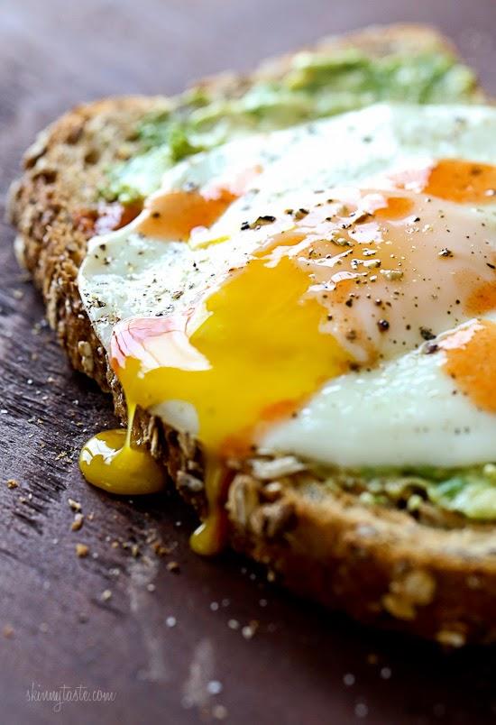 Avocado+Toast+with+Egg-2