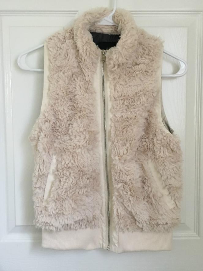 Stitch Fix: Tart Tarlee Faux Fur Vest |www.pearlsandsportsbras.com|