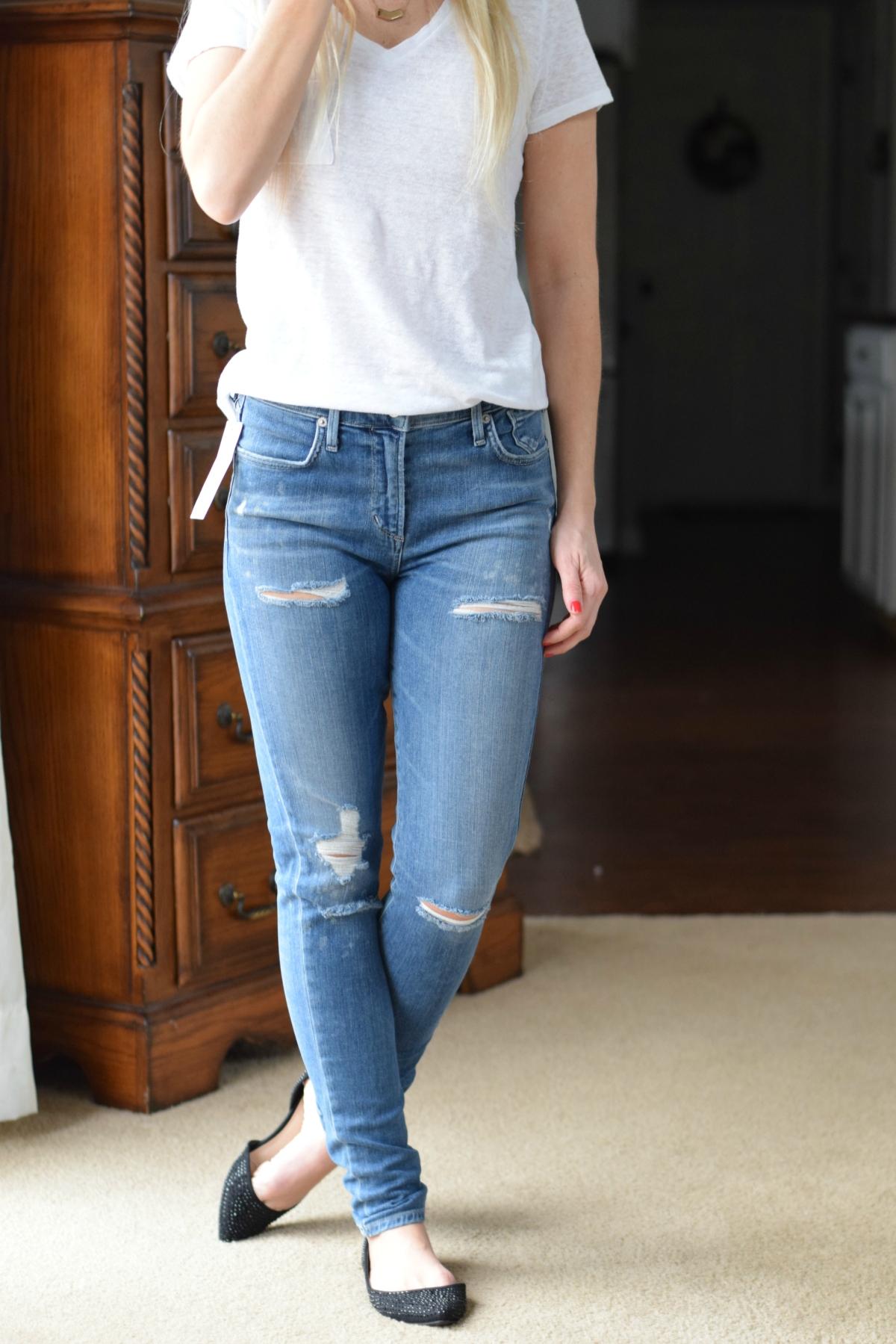 December 2015 Stitch Fix Review: A GOLD E Brynn Distressed High Rise Skinny Jean |www.pearlsandsportsbras.com|