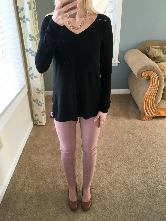 Le Lis Alante Woven Back Knit Top: December Stitch Fix Review |www.pearlsandsportsbras.com|