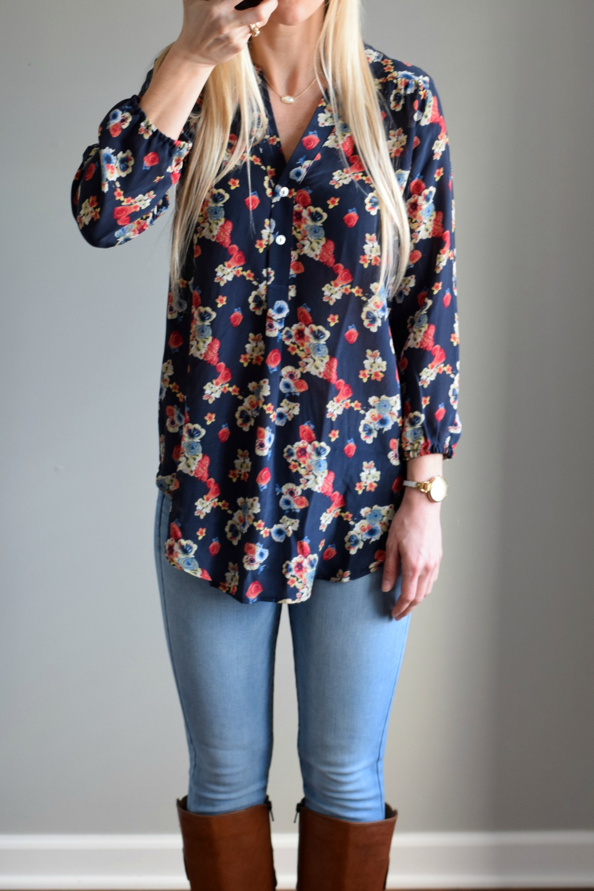 March 2016 Stitch Fix Review: Amour Vert For Stitch Fix Alessandro Silk V-Neck Blouse |www.pearlsandsportsbras.com|