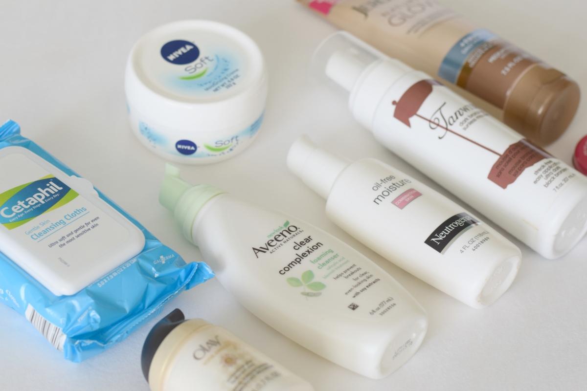 Spring Skin Essentials |www.pearlsandsportsbras.com|