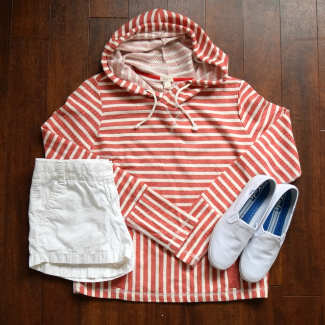 comfy sweater and classic white shorts with keds |www.pearlsandsportsbras.com|