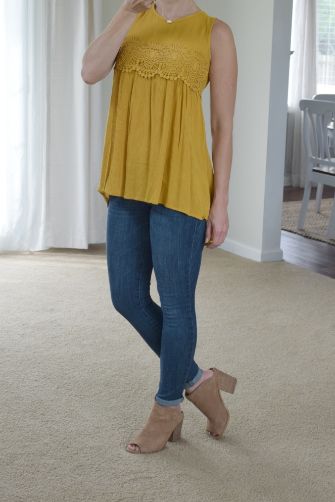 marigold and mules - simple boho look |www.pearlsandsportsbras.com|