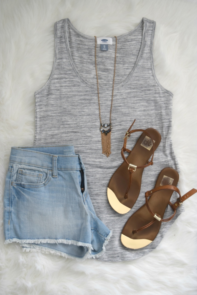 easy and simple summer look |www.pearlsandsportsbras.com|