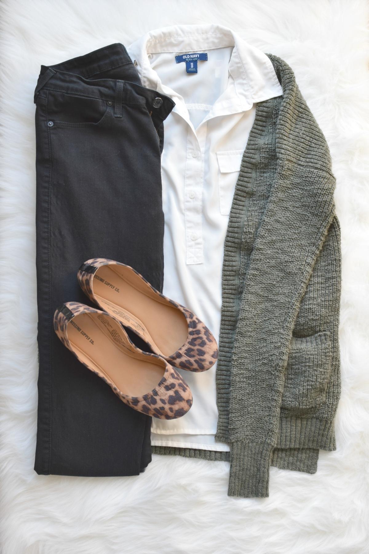 Olive and leopard |www.pearlsandsportsbras.com|
