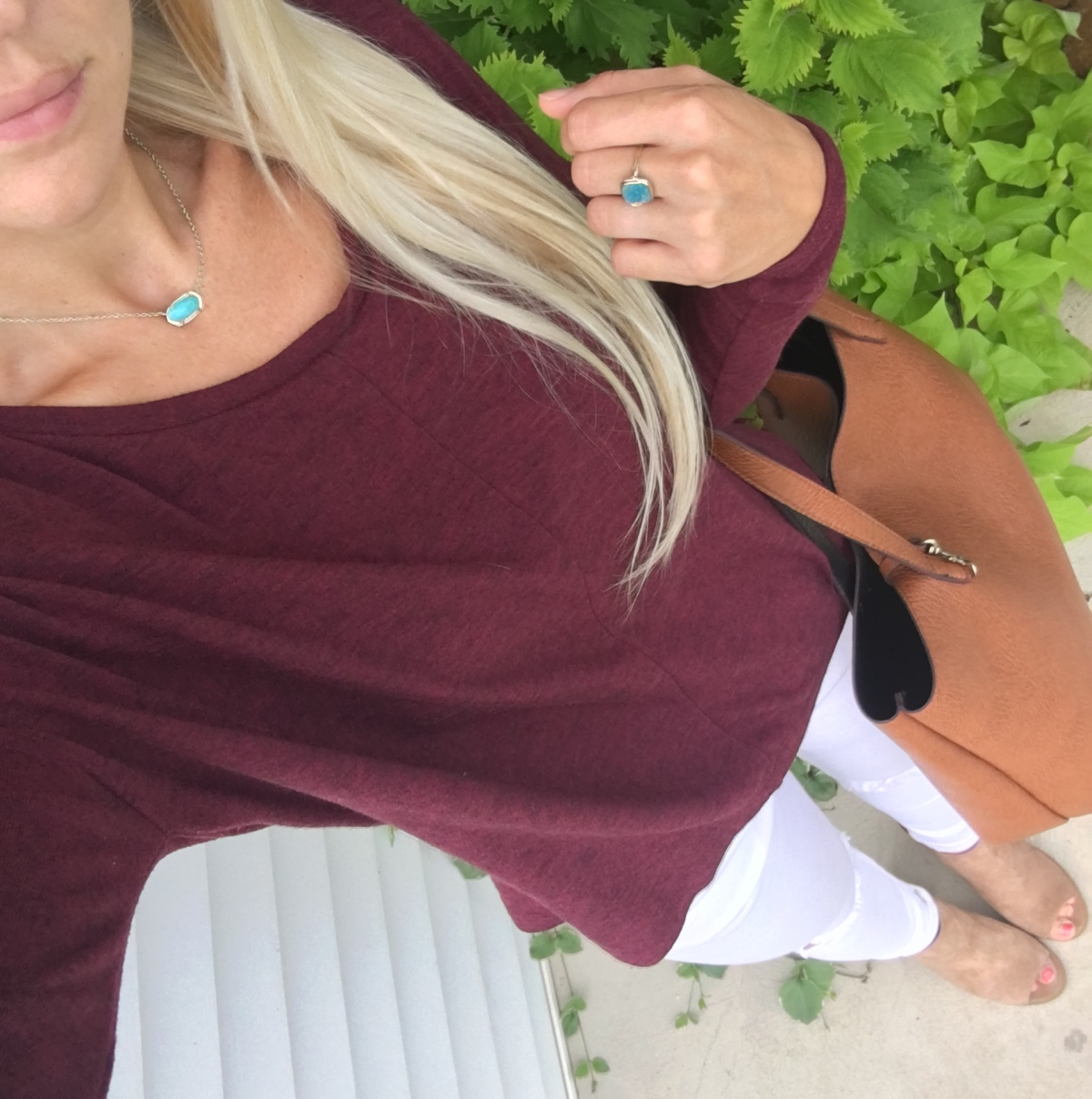 burgundy and white with a pop of teal |www.pearlsandsportsbras.com|