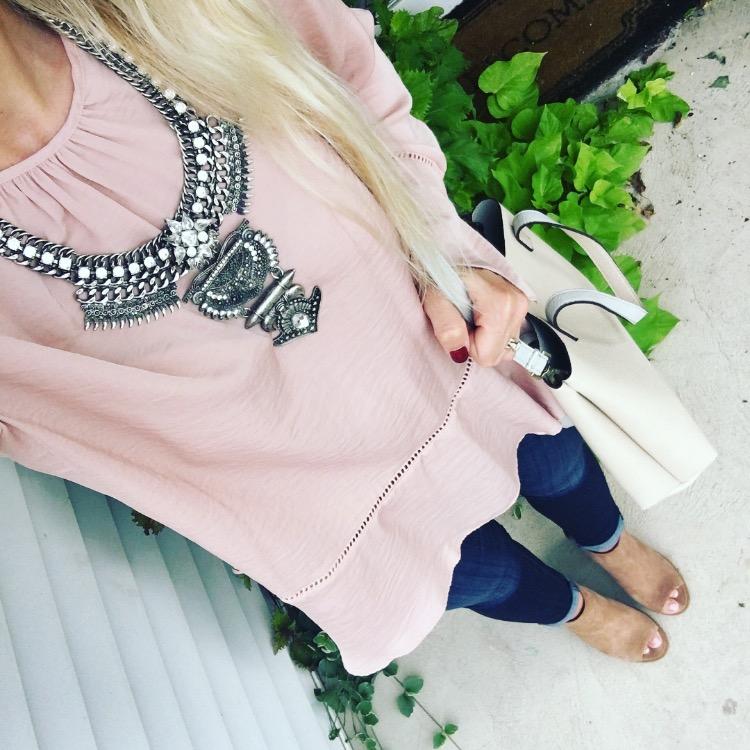 blush and metallic |www.pearlsandsportsbras.com|