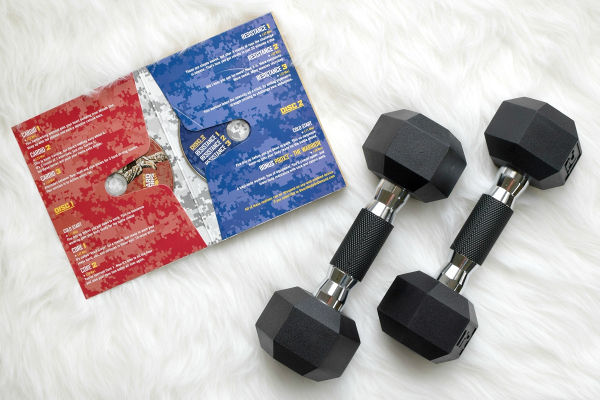22 Minute Hard Corps: A Review |www.pearlsandsportsbras.com|