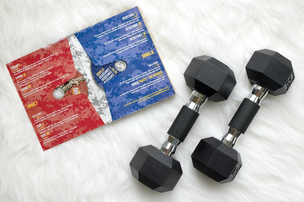 22 Minute Hard Corps: A Review  www.pearlsandsportsbras.com 