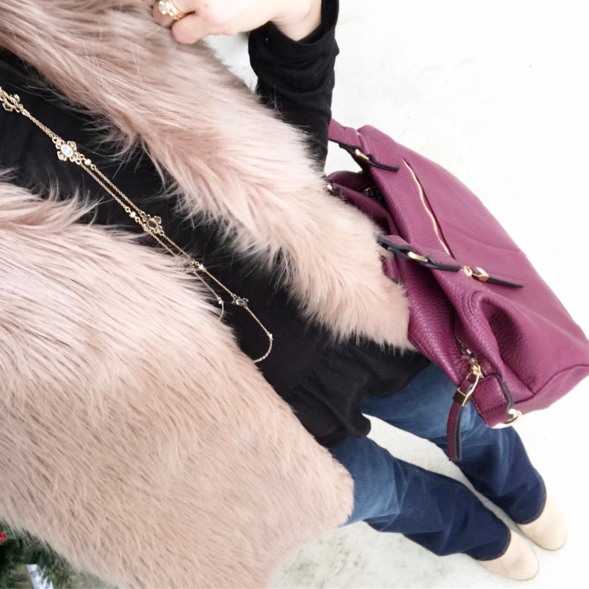 faux fur, peplum, and bootcut jeans |www.pearlsandsportsbras.com|