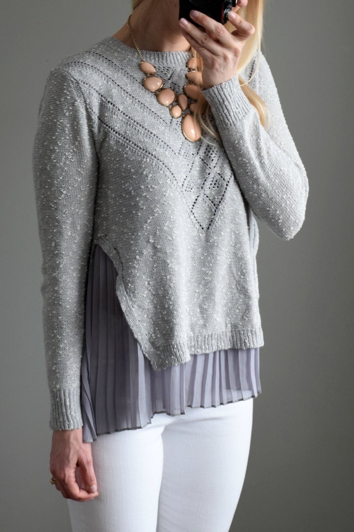 Stitch Fix Review February 2017: Teeberry & Weave Joella Pleated Mixed Material Pullover |www.pearlsandsportsbras.com|