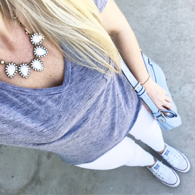 blue and grey neutrals for spring |wwww.pearlsandsportsbras.com|